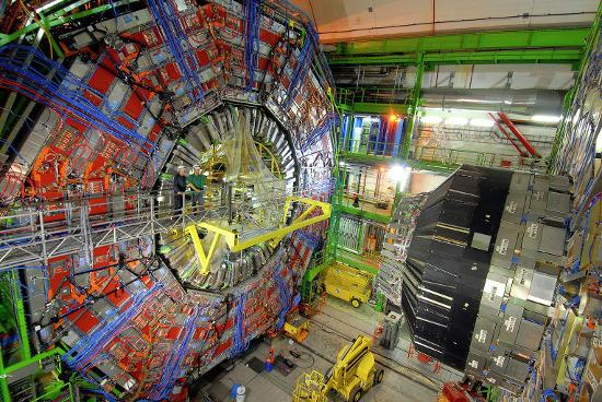 детектор CMS на Большом адронном коллайдере